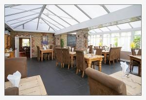 The Greyhound, Midhurst, West-Sussex - Conservatory Restaurant